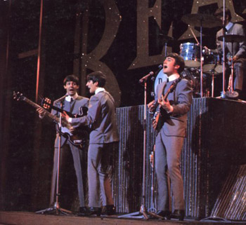 Subastan traje sastre mohair de John Lennon