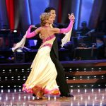 Heather Mills recibe elogios por su debut en reality de baile