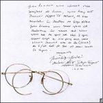 Las gafas de Lennon se vendieron en subasta