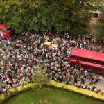 Cientos rinden homenaje a la foto de Abbey Road