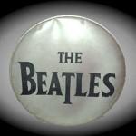 Subastan mítico parche de batería de Los Beatles