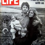 Paul McCartney en la portada de Life