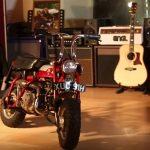 ¿John Lennon andaba en moto?