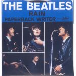 "Se edita en UK el single ""Paperback Writer/Rain"""
