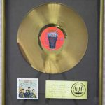 "Disco de oro y platino para ""Rock and Roll Music"""