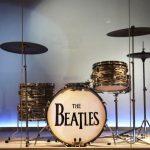 El Museo Met de Nueva York exhibe instrumentos de estrellas del rock