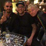 Ringo Starr es entrevistado por la televisión holandesa