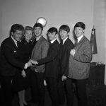 """Los Beatles promocionan el single """"Please Please Me"""""""
