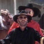 "Ringo Starr y Buck Owens graban ""Act Naturally"""