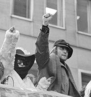 FBI divulga últimas 10 páginas del ex Beatle John Lennon