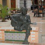 Almería inaugura estatua de John Lennon