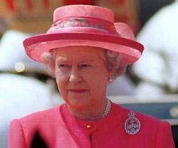 La Reina Isabel II le ganó a McCartney como mejor británico vivo