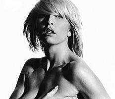 Hayan más fotografías de Heather Mills desnuda