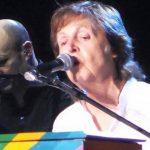 Paul McCartney se presenta en Tokio