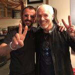 Ringo Starr continúa la grabación de su siguiente disco