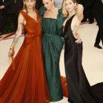 Stella McCartney se pasea en la gala del MET junto a Miley Cyrus y la hija de Michael Jackson