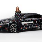 Stella McCartney presenta nuevo diseño para el Jaguar XE