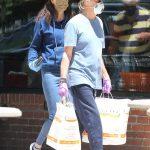 Paul McCartney es captado de compras